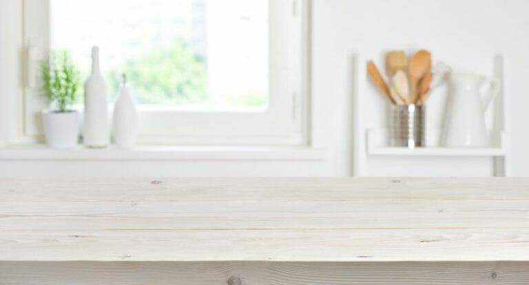 キッチン・台所に出窓を取り付けるリフォーム価格は?