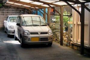 カーポート(駐車場・ガレージ)のリフォーム工事費用や価格の相場は?