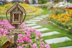 10万円でできる庭のリフォームは?