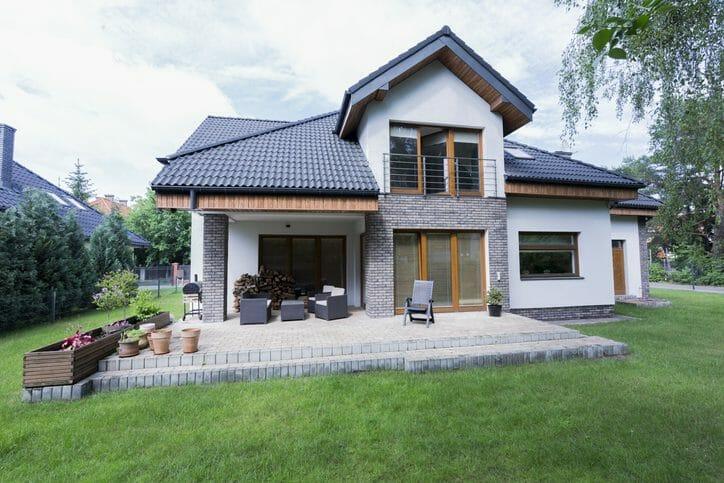 外壁塗装リフォーム工事の費用や価格の相場は?(50坪・60坪)