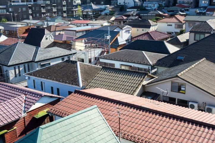 屋根や瓦の葺き替え工事のリフォーム費用・価格の相場は?