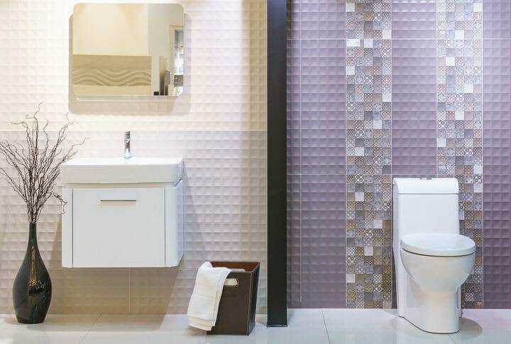 トイレの壁紙やクロス張替えにかかるリフォーム費用は?