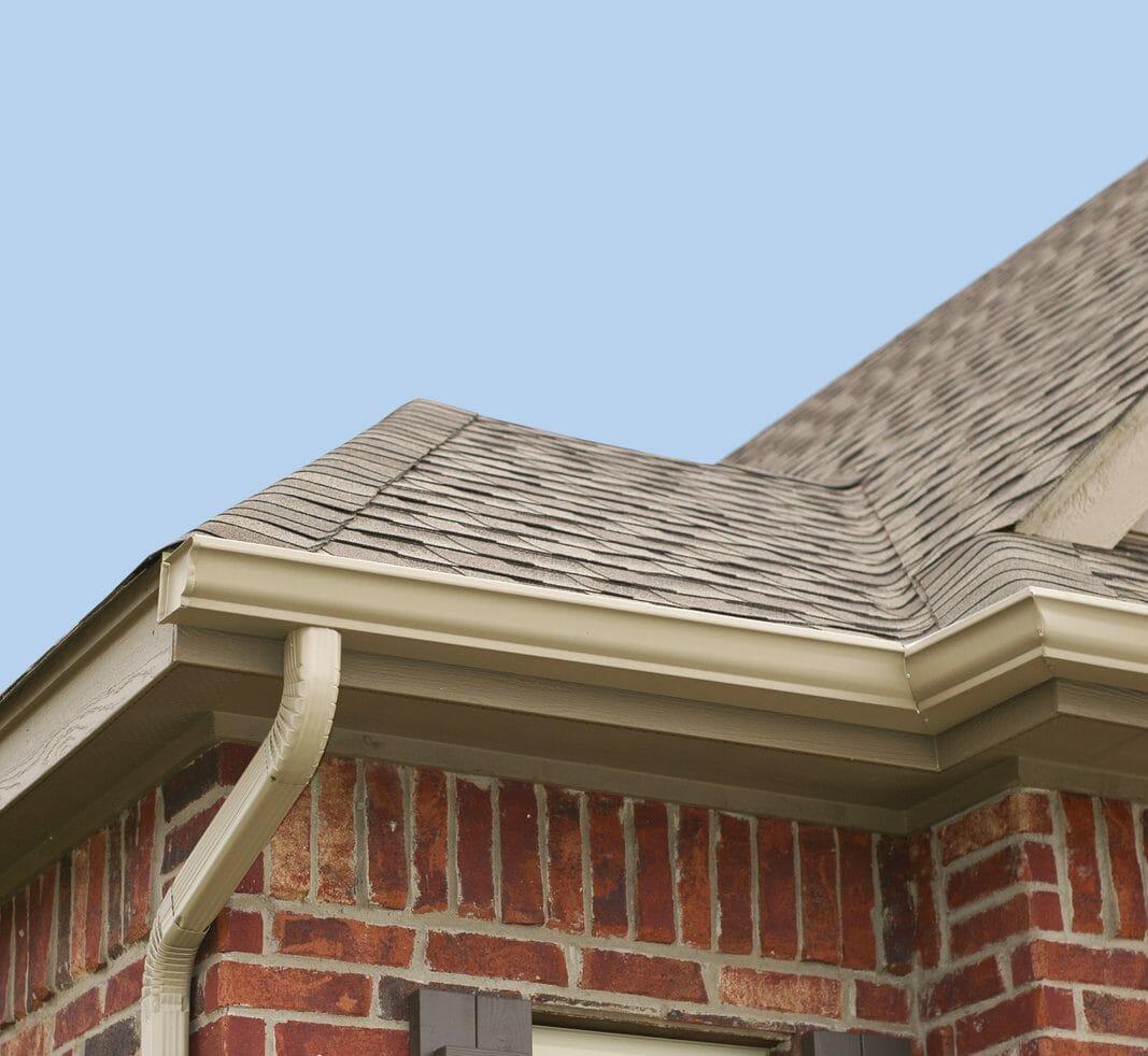 軒天(軒下・軒裏)や破風板の塗装や修理の費用・価格は?