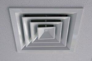 天井換気扇の取り付け・交換リフォームをする費用・価格は?