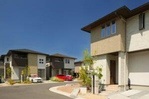 駐車場(カーポート)の屋根の撤去費用は?