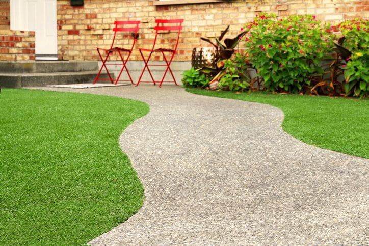 庭のアプローチを作るリフォーム費用・価格は?
