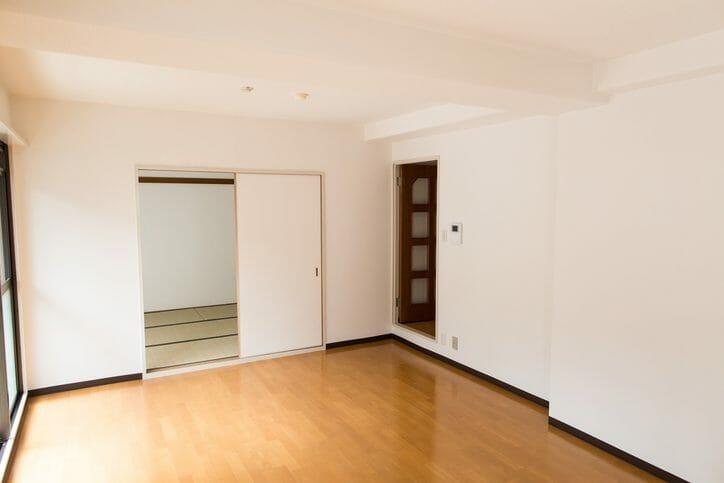 洋室の床をリフォームする費用は?