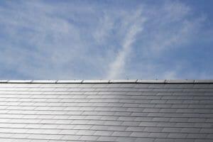 スレート屋根を葺き替える価格は?