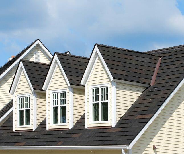 スレート屋根の解体費用は?