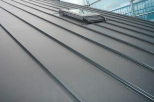 おすすめできるガルバリウム鋼板の屋根メーカーは?