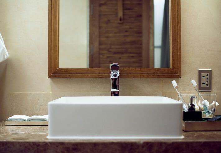 洗面台を移動する費用は?配線や内装工事にかかる追加費用まで説明します!
