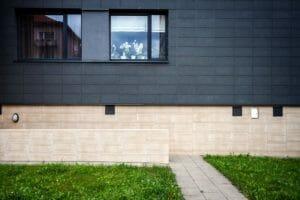 外壁をタイルに張替えるリフォームの費用や価格の相場は?