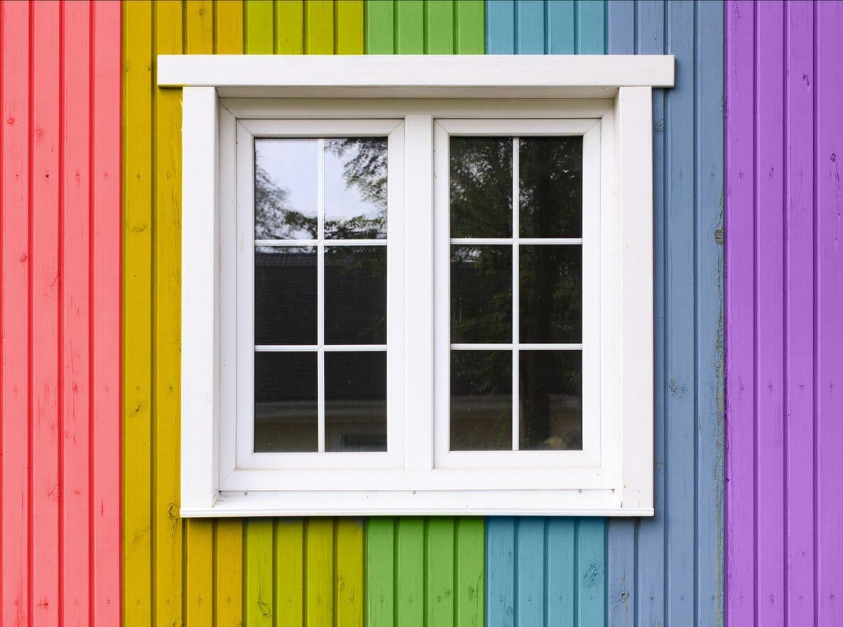 外壁塗装を2色塗りにリフォームする際にかかる費用は?