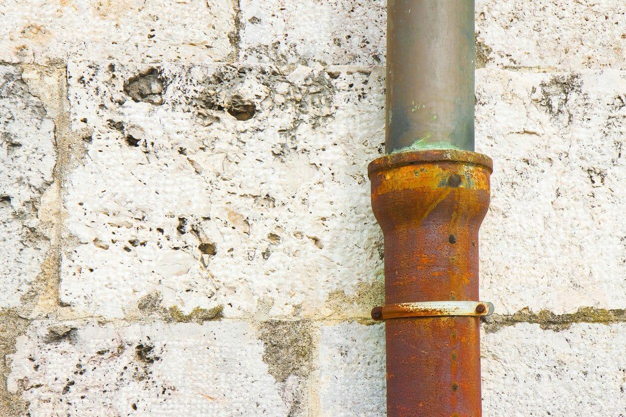 外壁のサビ取り・落としの費用相場は?サビ止めや原因、進行具合ごとの対処法も紹介!
