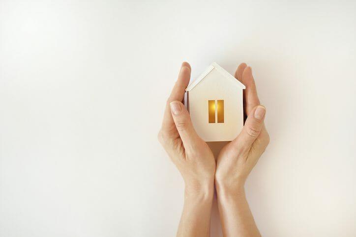 火災保険でベランダは修理できる?保険適用の条件などを分かりやすく解説!