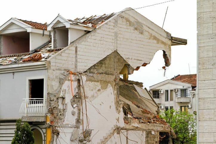 耐震シェルターの価格や設置する費用は?