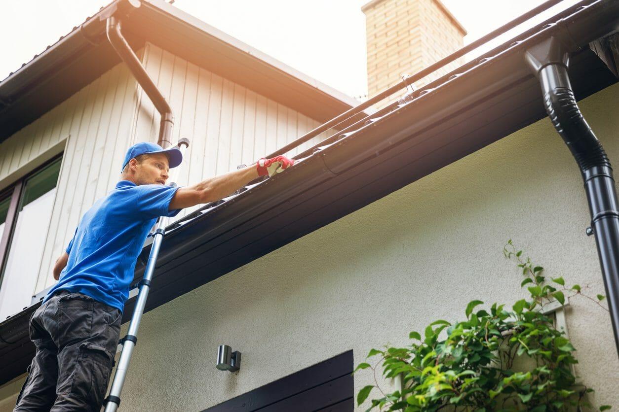 雨漏りの原因は外壁にあり!?外壁から見る雨漏りの対処法