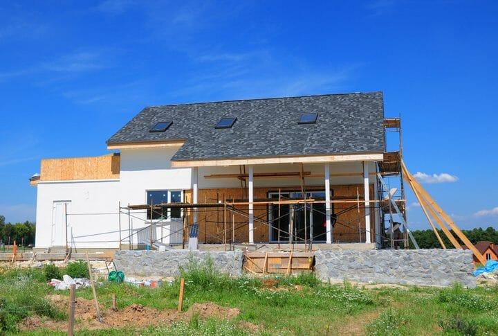 家の外壁リフォームの費用と事例をご紹介