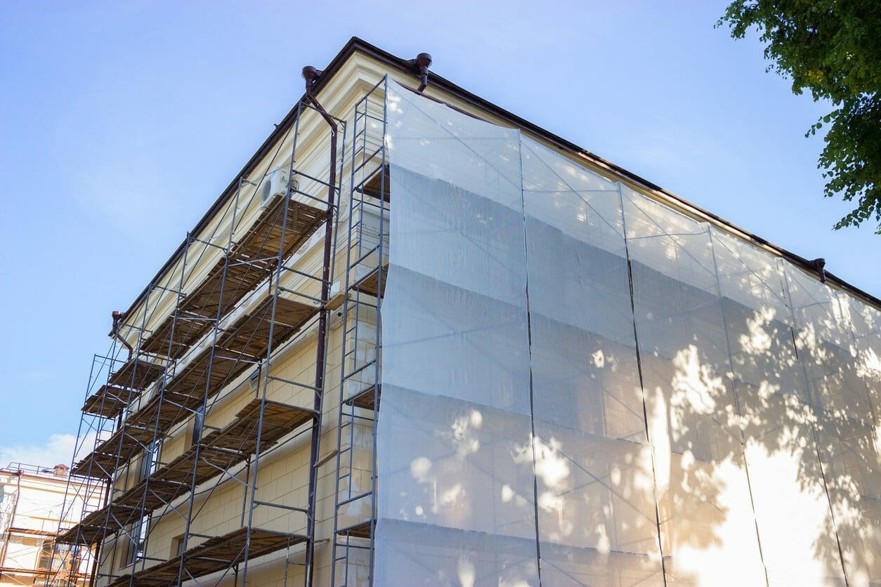 マンション外壁修繕のすべて!工期や相場・素材の特徴までご紹介します。