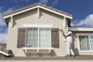 外壁塗装の耐用年数はどのくらい?長持ちの秘訣は塗替え&メンテナンス