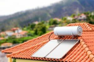 太陽熱温水器を設置するときの注意点、メリット・デメリットを紹介!