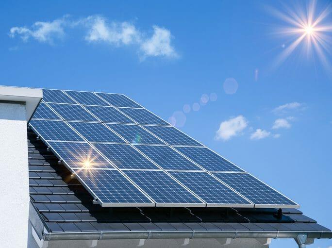 太陽光発電の仕組みや売電について紹介!