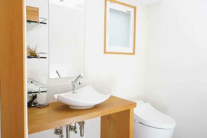 トイレの壁紙選びのポイントは?張替え費用も解説