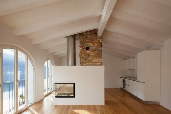 煙突リフォームでステキな暖炉生活!煙突の基本知識から設置費用まで