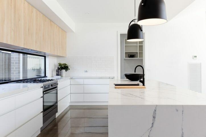 キッチンの水漏れの原因は?パターン別の修理方法も解説