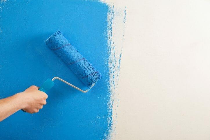 壁紙を剥がさずペンキでリフォーム!どんな塗料を選べばいいの?