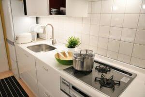 キッチンの高さ変更のリフォーム費用は?