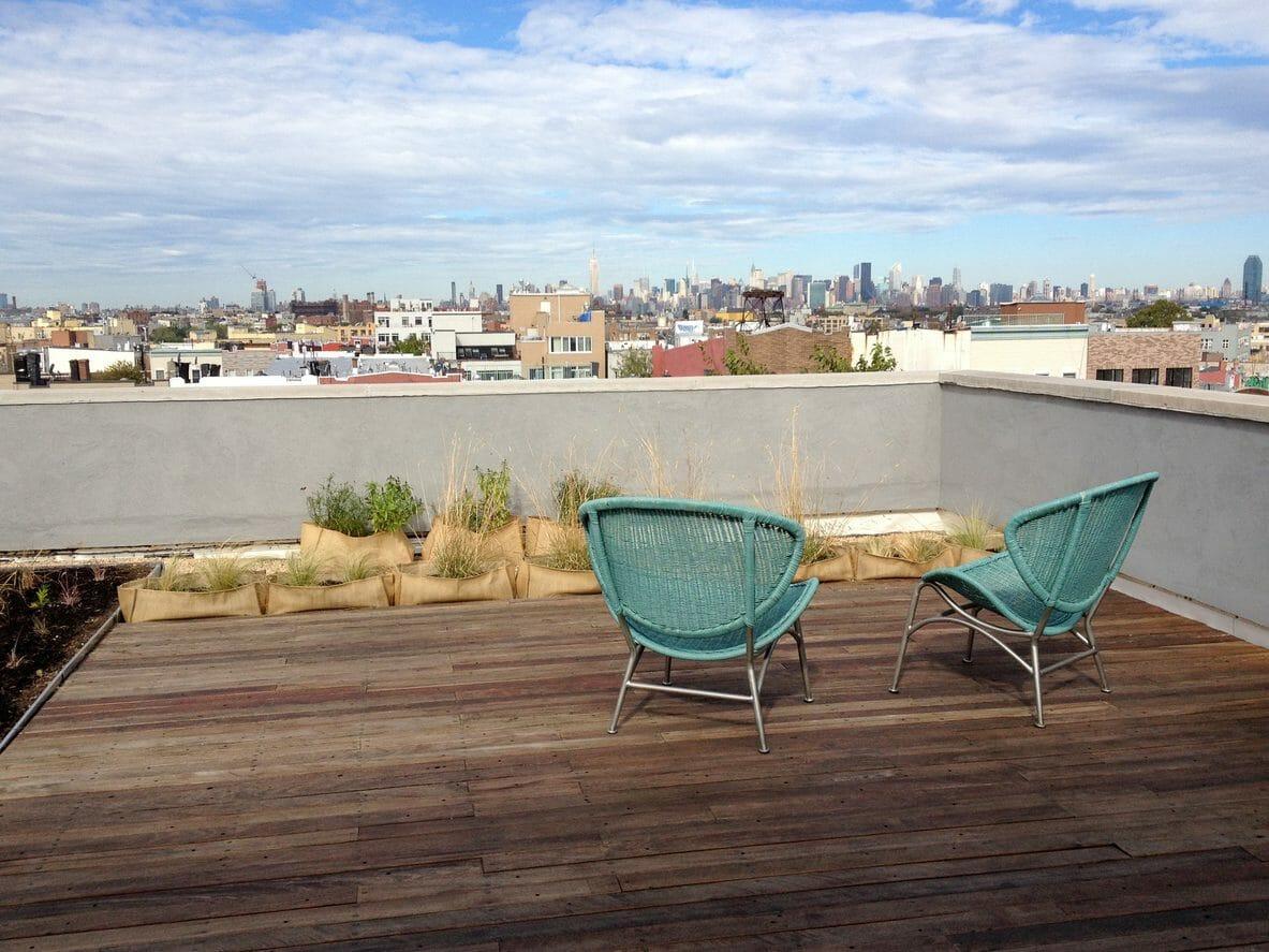 住宅の屋根を屋上にリフォームするのにかかる価格や費用は?