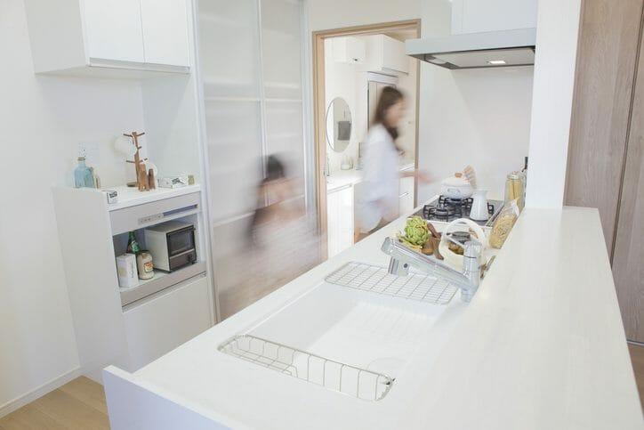 キッチンリフォームに取り入れたい便利な設備