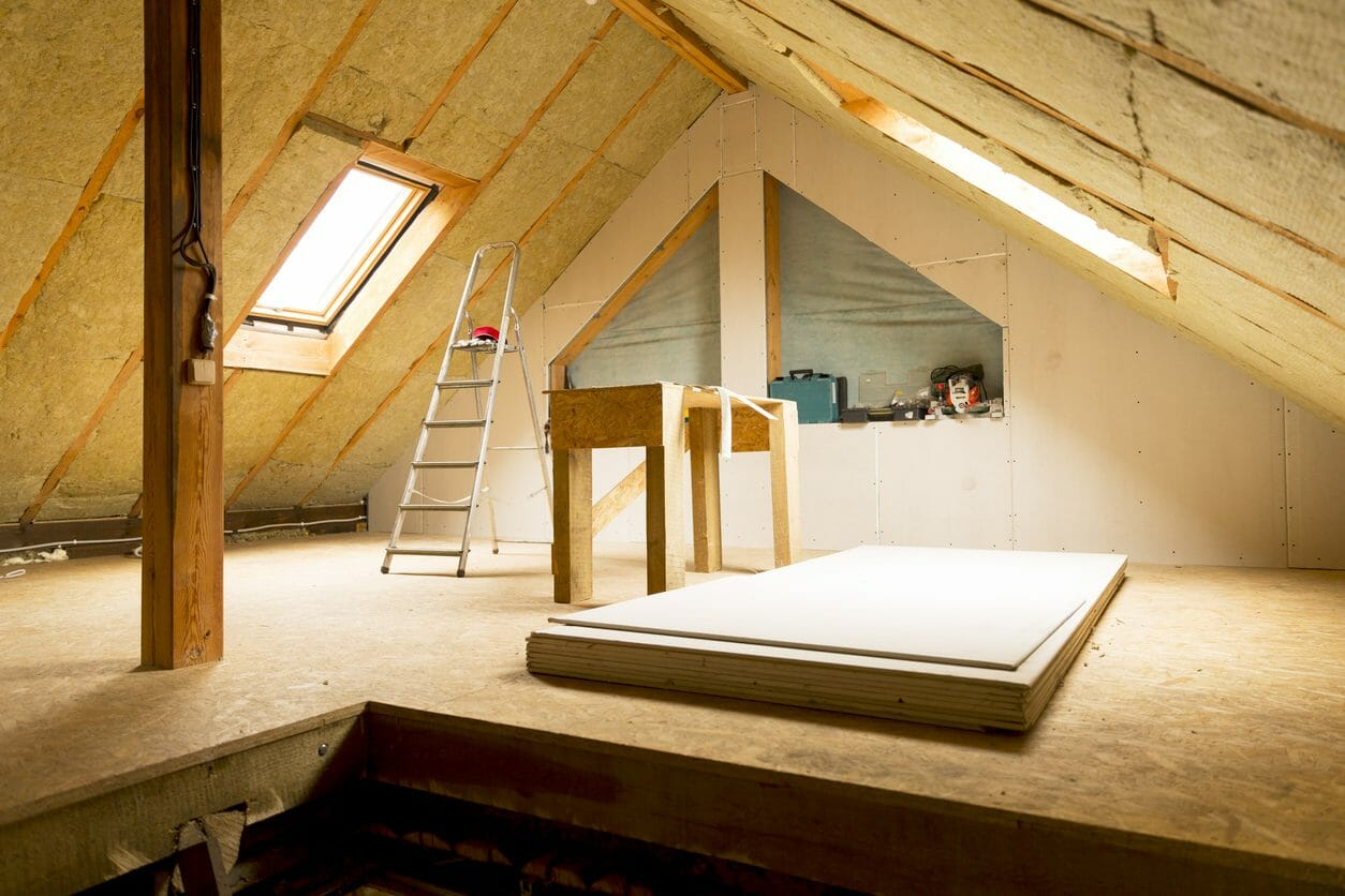 屋根裏収納のリフォームにかかる費用や価格は?