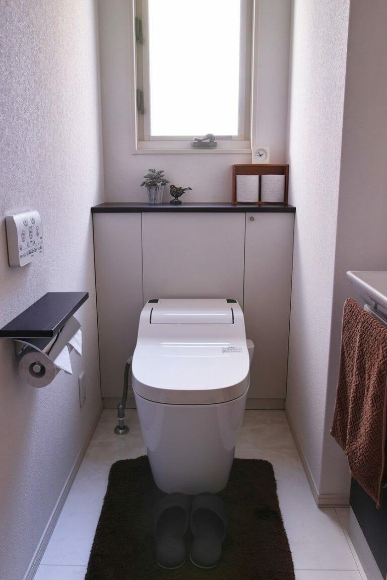 トイレの収納リフォームの費用や方法は?