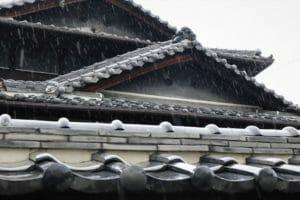 【屋根の雨漏り修理】原因と対策について