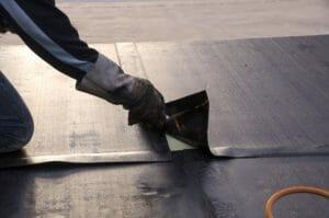 【屋根塗装リフォームの相場】基本的費用と塗料費用