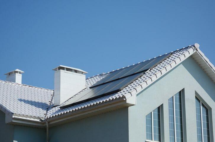 屋根材の種類とトタン屋根の特徴やメリット・デメリットを解説!