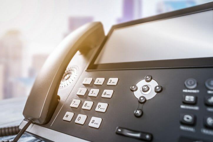 建て替えの際電話はどうなるの?光回線についても解説します