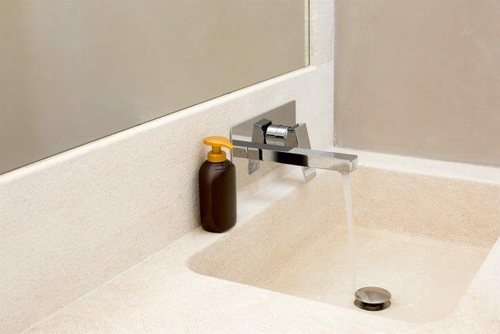 洗面台のリフォームを業者に依頼する場合の費用やポイントは?
