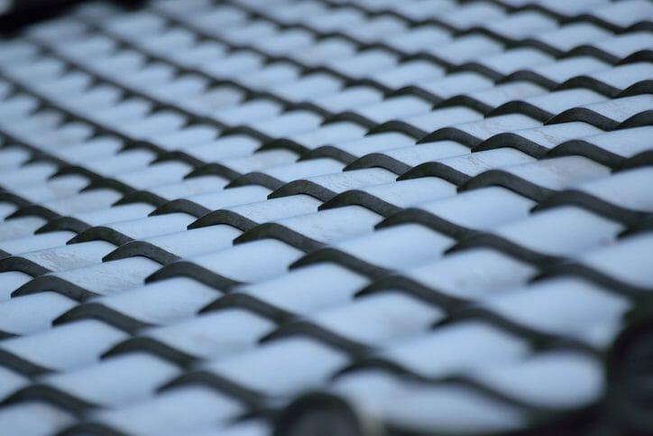 屋根の雨漏り修理にかかる費用の相場を解説!