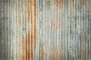 トタン屋根を塗装する方法とコツとは?