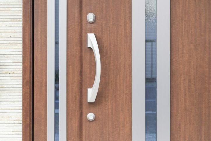 住宅のドアが閉まらない場合の原因と調整方法を詳しく解説!