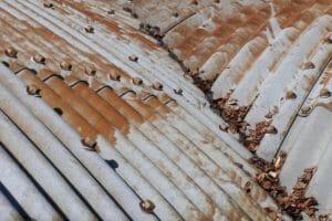 トタン 屋根 修理