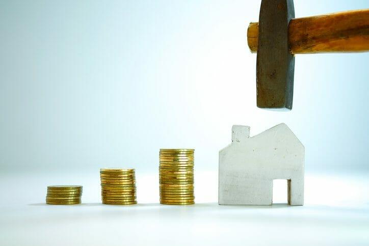 建て替えた建物の取得価格に入る?建物の取り壊し費用