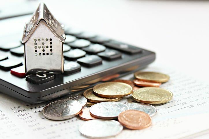 リフォームローンを組む前に検討したい住宅ローンの借り換えとは?