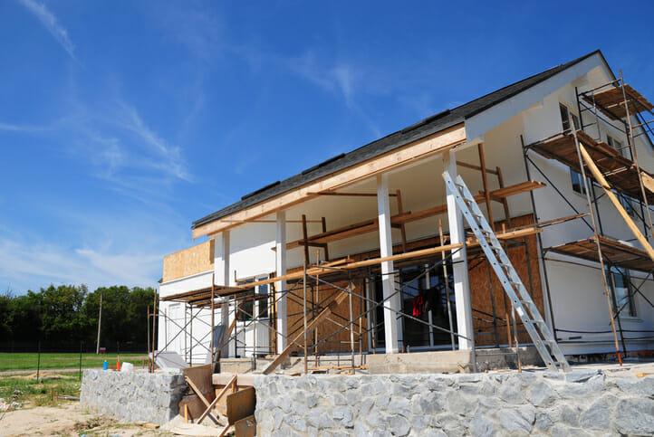 家の建て替え!費用は1000万円でできるのか?