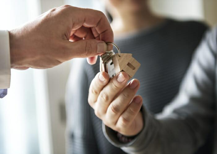 自宅を売却後に住み続ける方法について詳しく解説!