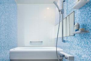 水回りのタイルや壁紙の張替え費用は?